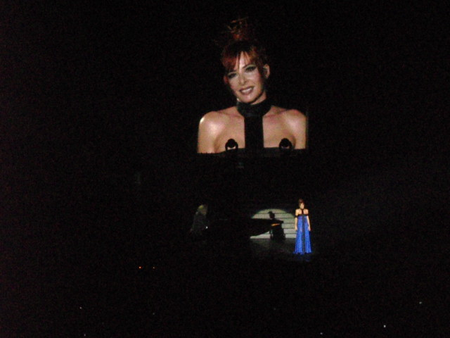 Mylène Farmer - Tour 2009 - Galaxie Amnéville - 17 juin 2009 - Photo fan