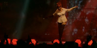 Mylène Farmer - Tour 2009 Indoor - Je te rends ton amour