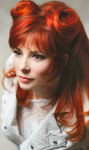 Mylène Farmer Photo: Claude Gassian