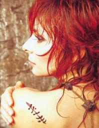 Mylène Farmer par John Nollet en mars 2008
