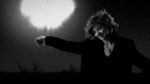 Mylène Farmer Bleu Noir Clip